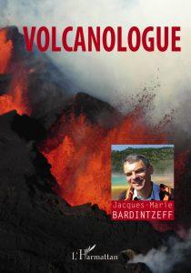 Volcanologue de renom, Jacques-Marie Bardintzeff, nous raconte dans ce livre illustré de plus de 150 photographies son métier hors du commun qui l'amène à sillonné la planète pour étudier les volcans du monde. Une initiation passionnante à la géologie et à la volcanologie qui pourrait susciter des vocations. « Volcanologue » de Jacques-Marie Bardintzeff, éd L'Harmattan, 25 €.
