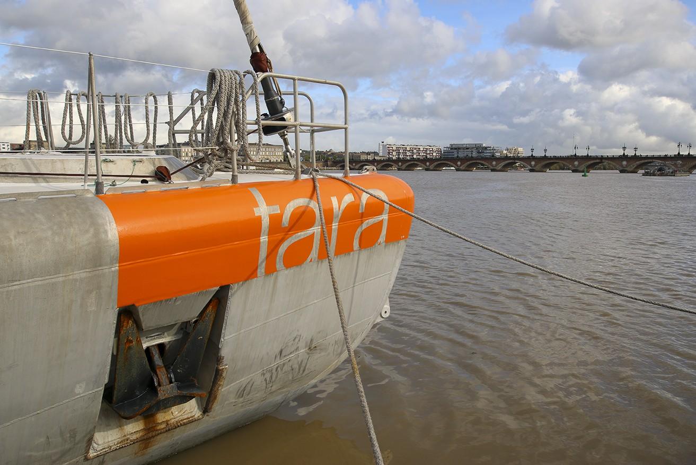 La goélette Tara traque les microplastiques dans la Garonne