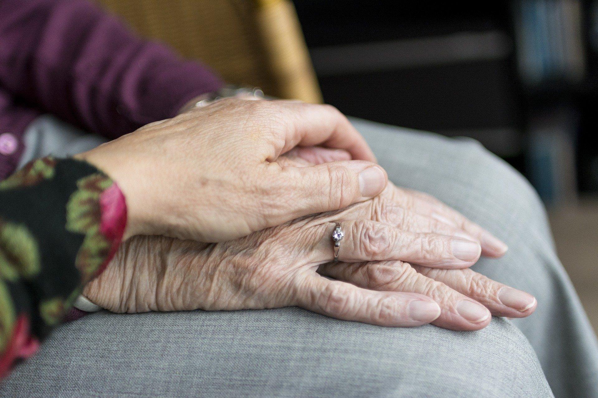 Confinement : quel impact dans les établissements pour personnes âgées et handicapées ?